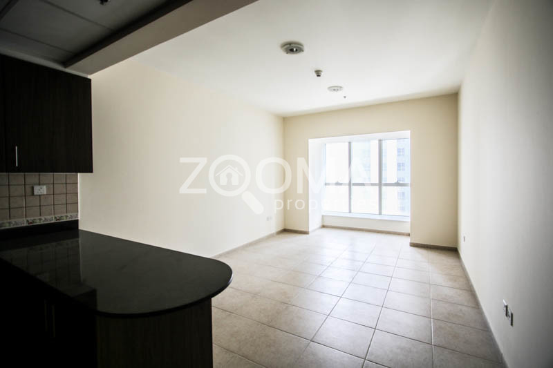 spacious-1br-with-sea-view-great-price