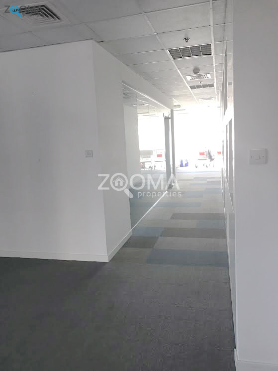 vacant-panoramic-view-full-floor