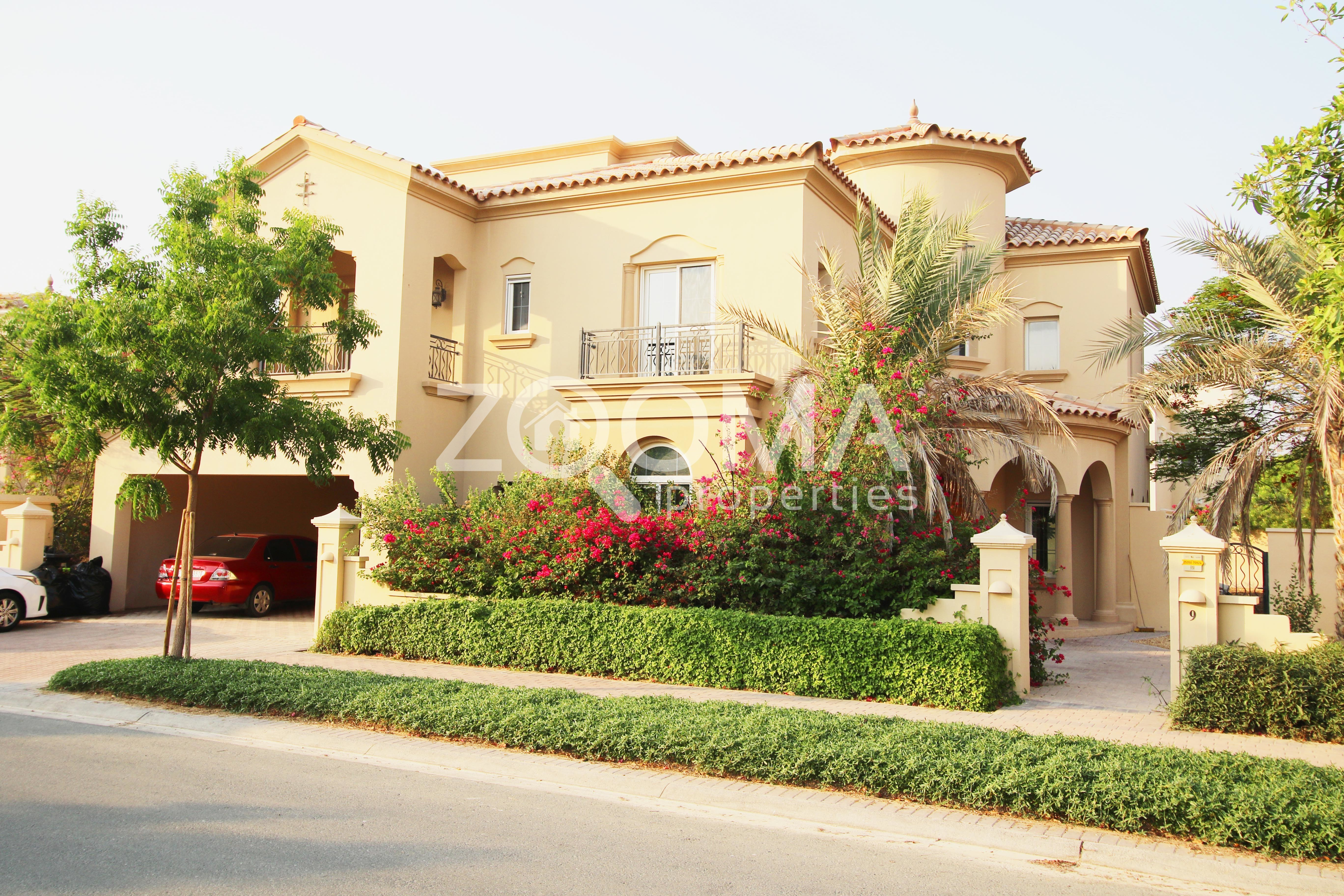 huge-plot-5-br-with-maids-in-a-low-price