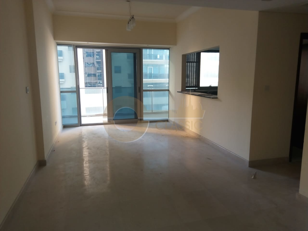 spacious-1-br-apt-jewels-tower-b-68k