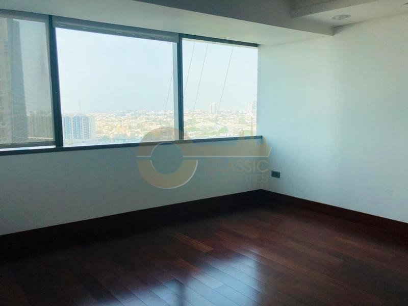 lavish-living-2-bedroom-duplex-wtc