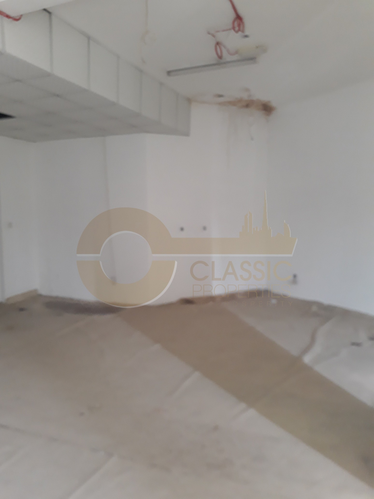shop-available-in-morocco-aed50-per-sf