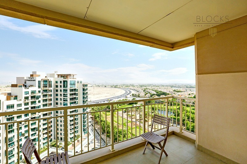 Stunning Golf Course View ! Hot Deal ! 1 BR