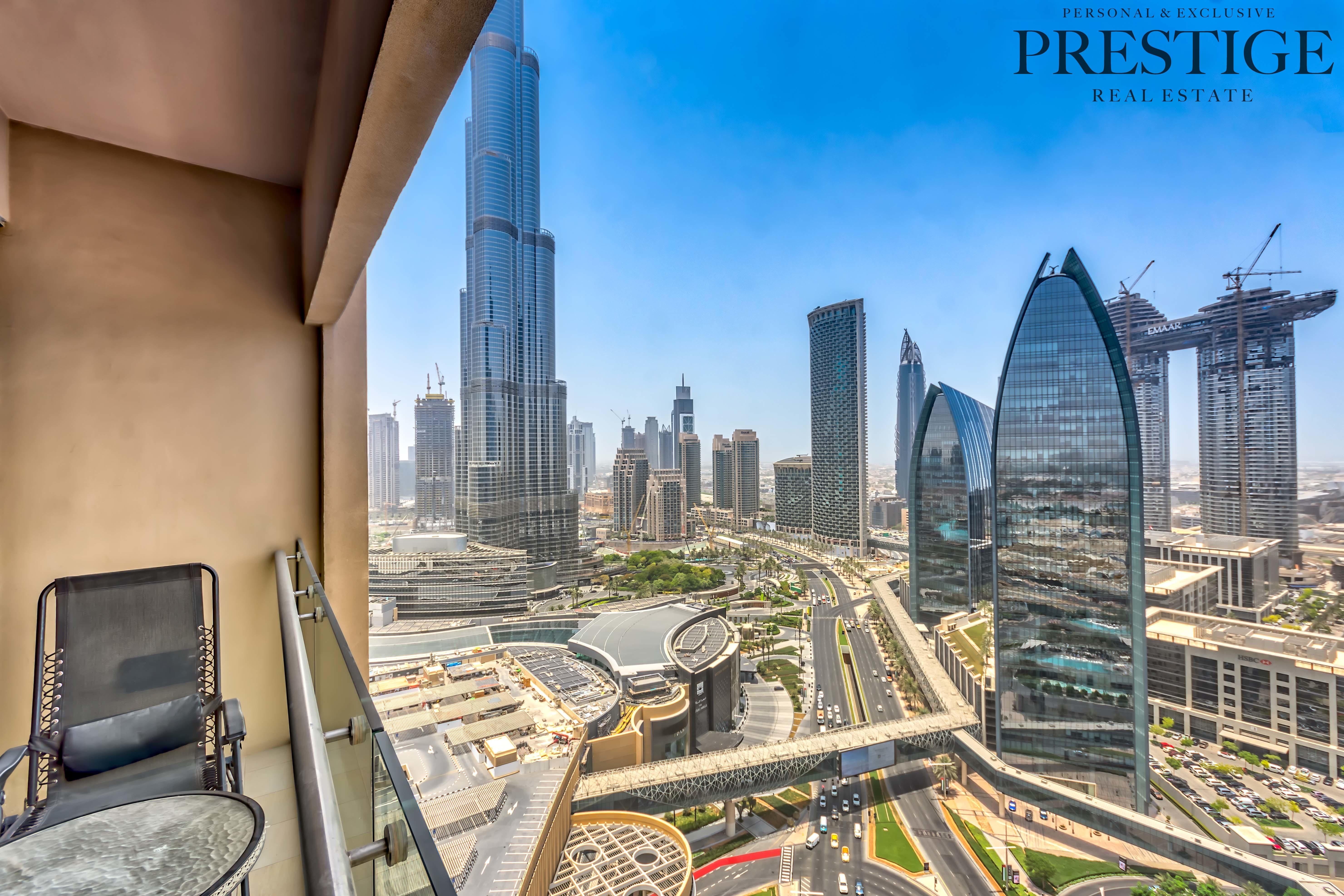 downtown-i-studio-i-burj-khalifa-view