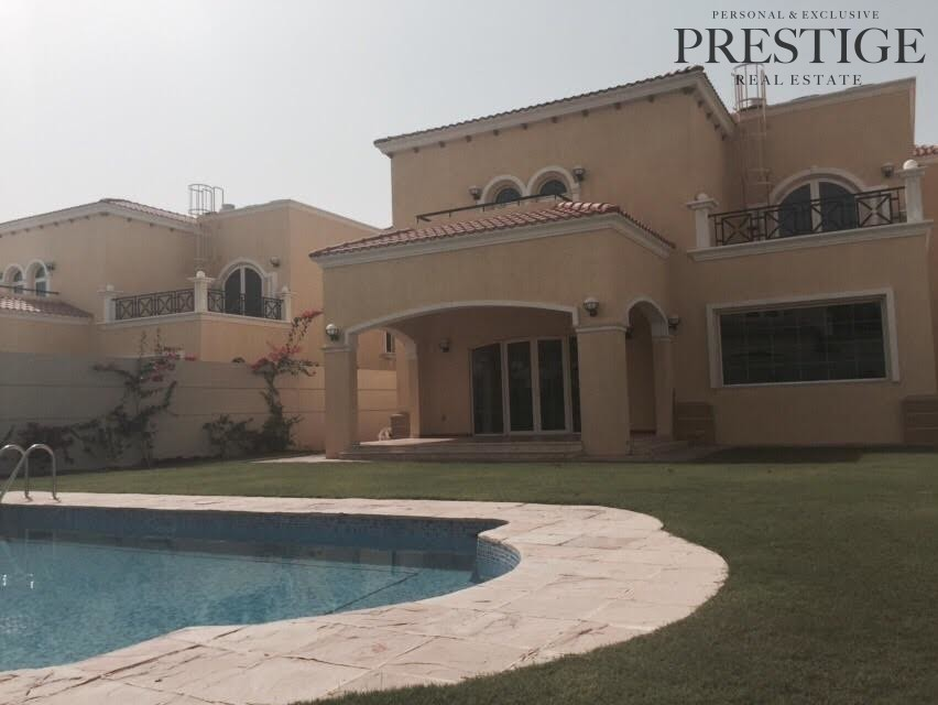 4-bed-villa-large-legacy-district-4-private-pool