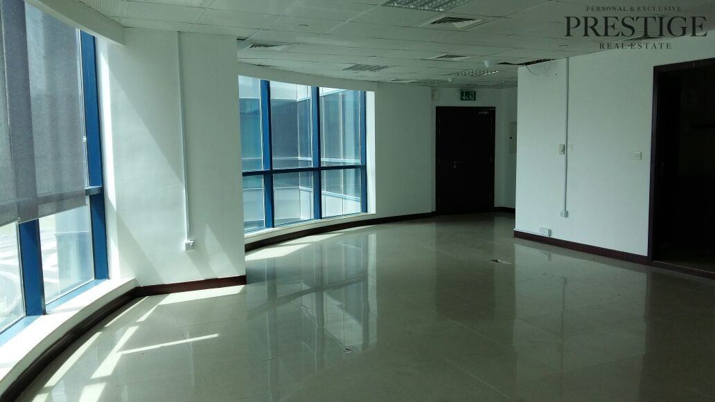 fitted-office-for-sale-in-reef-tower-jlt