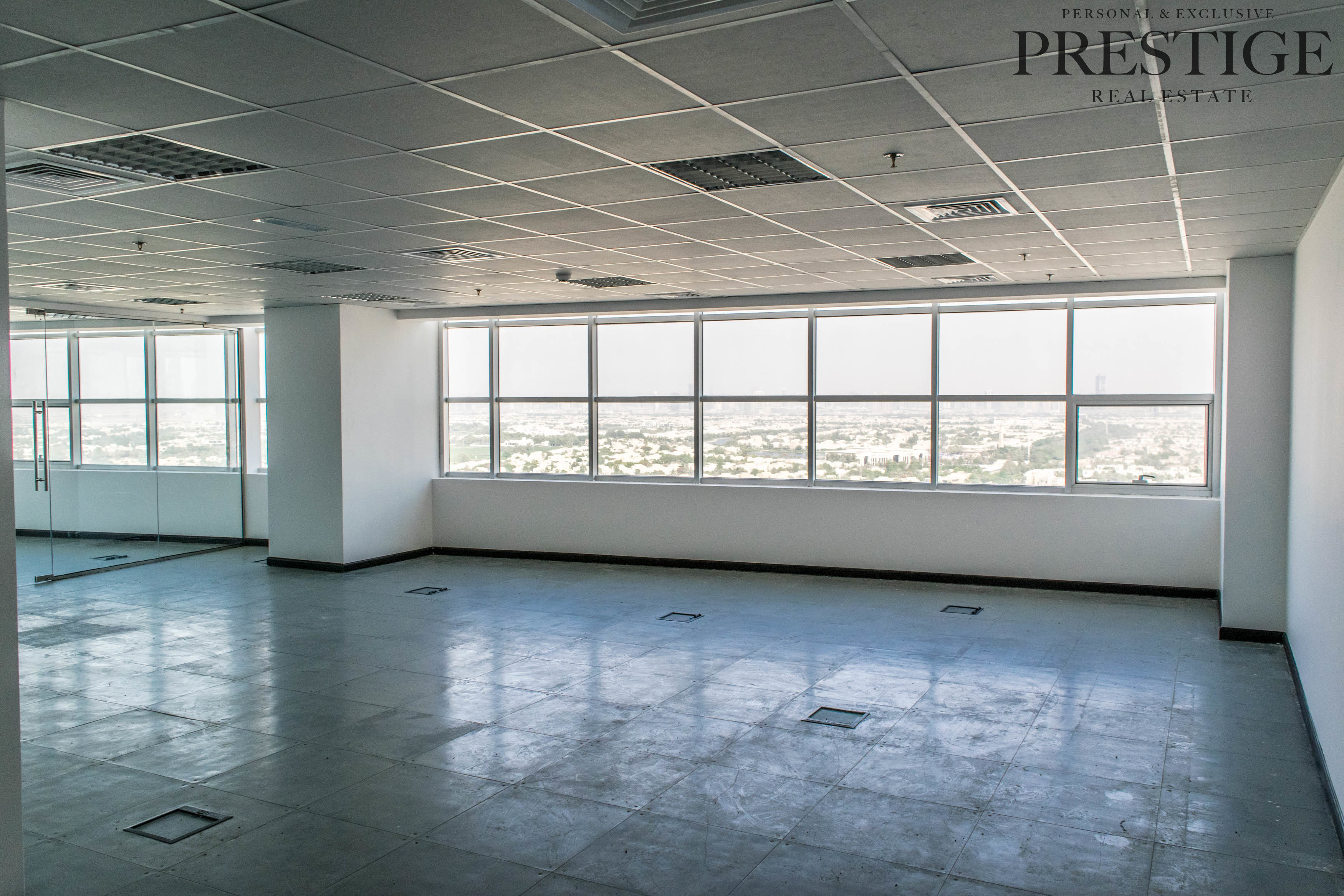 fitted-office-glass-partitions-open-layout