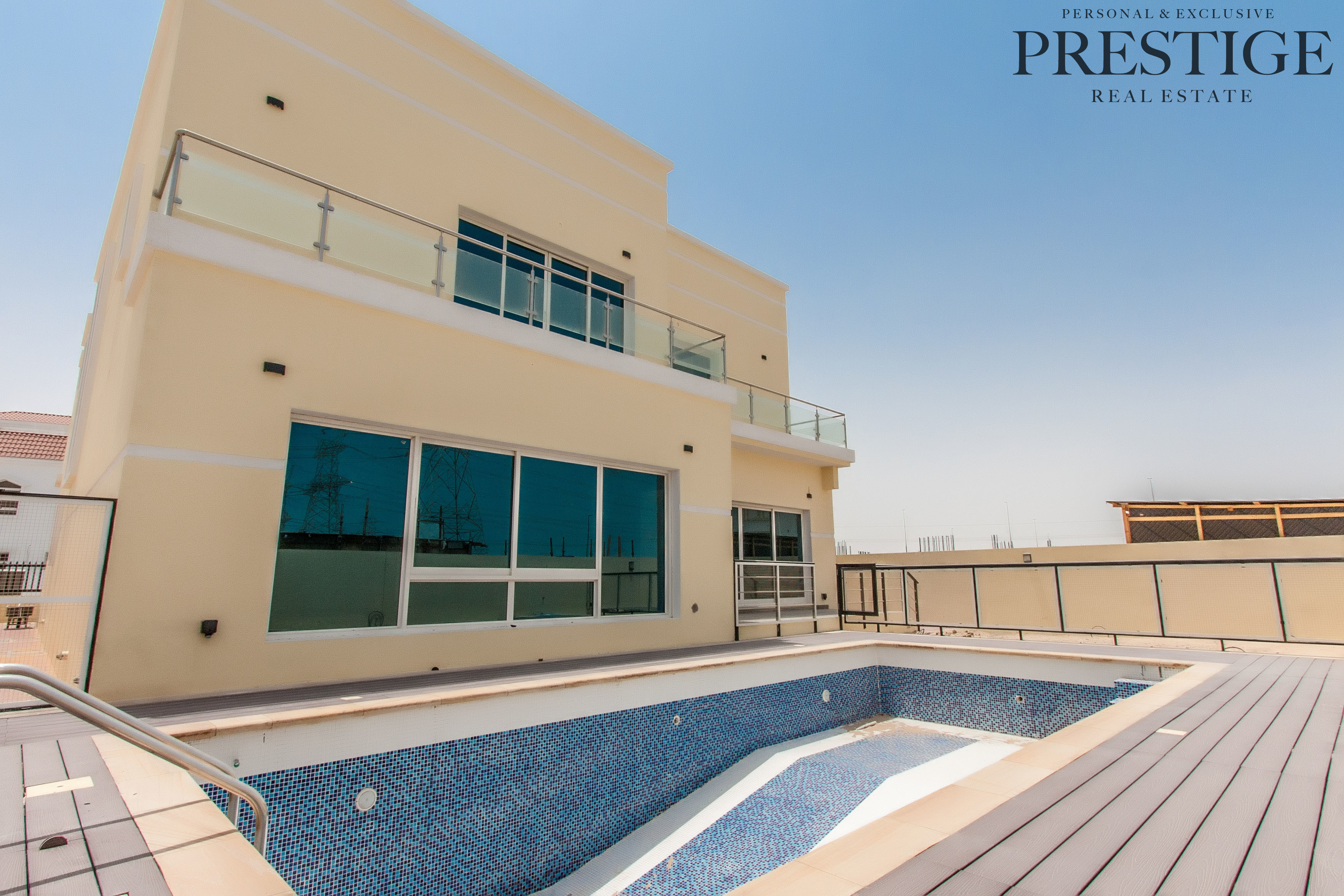 new-independent-6-bed-villa-big-swimming-pool