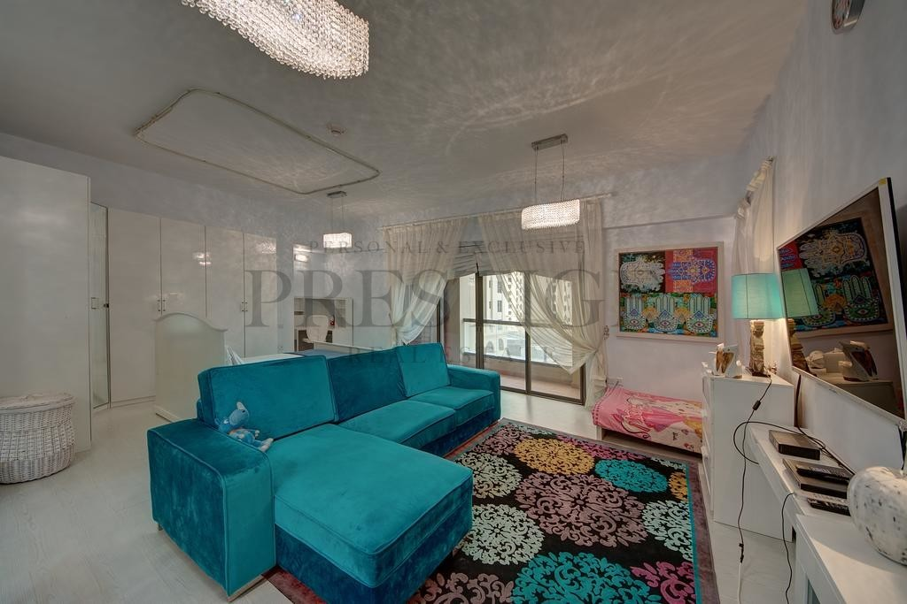 fully-furnished-i-vacant-community-view