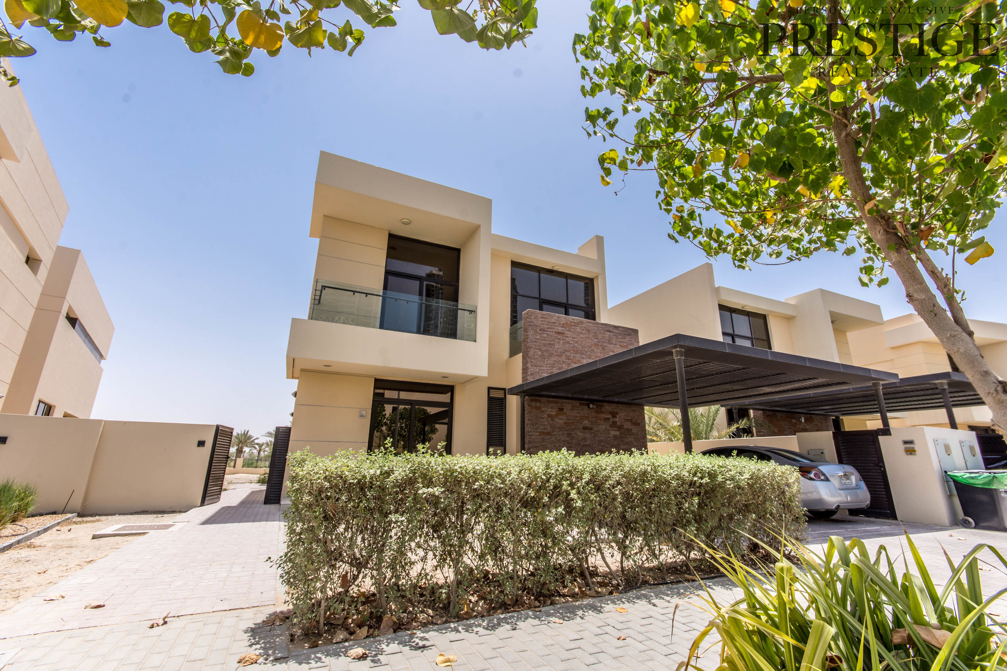 5-bed-brookfield-damac-hills-full-golf-course-view