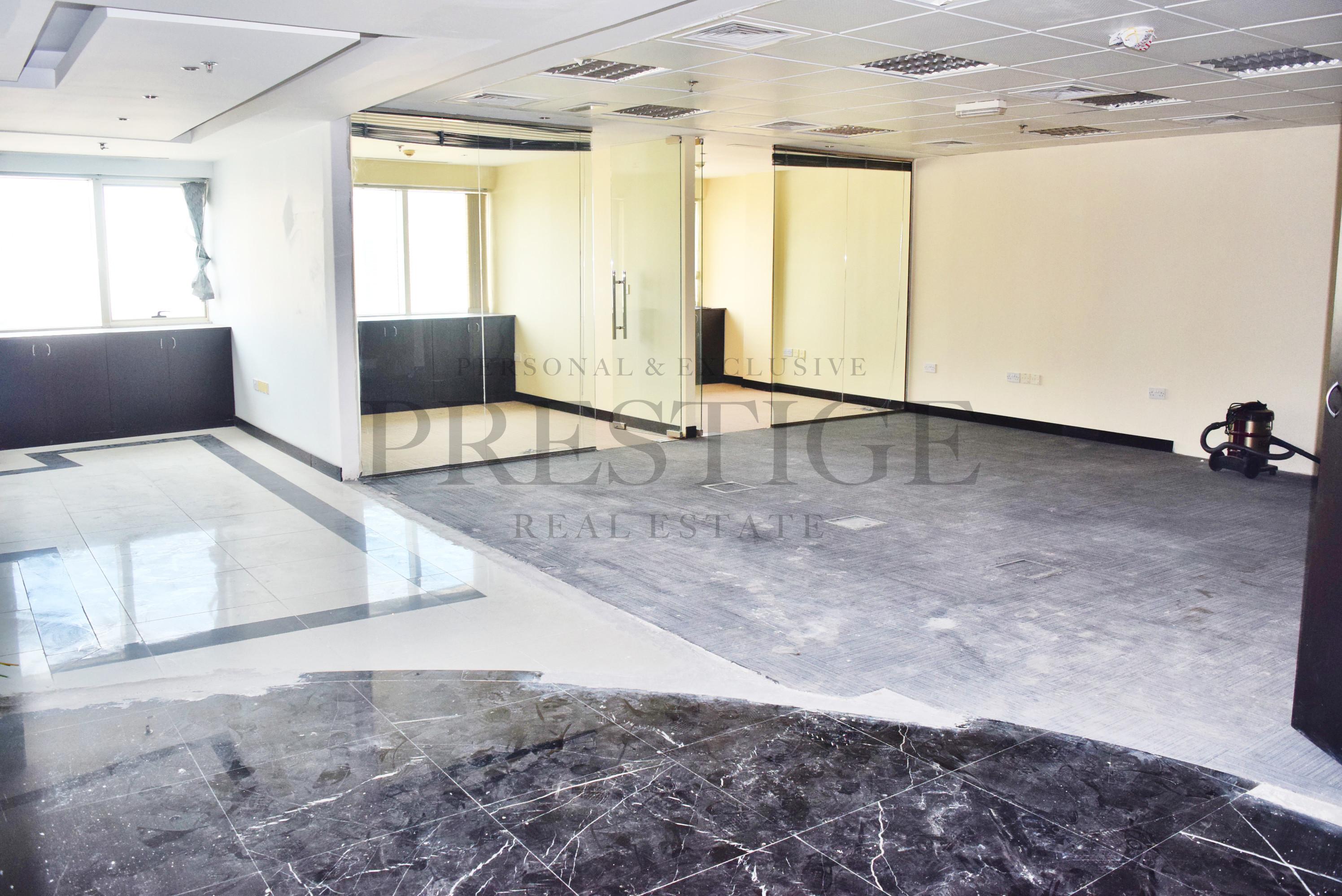 vacantfull-marina-viewhigh-floorbalcony