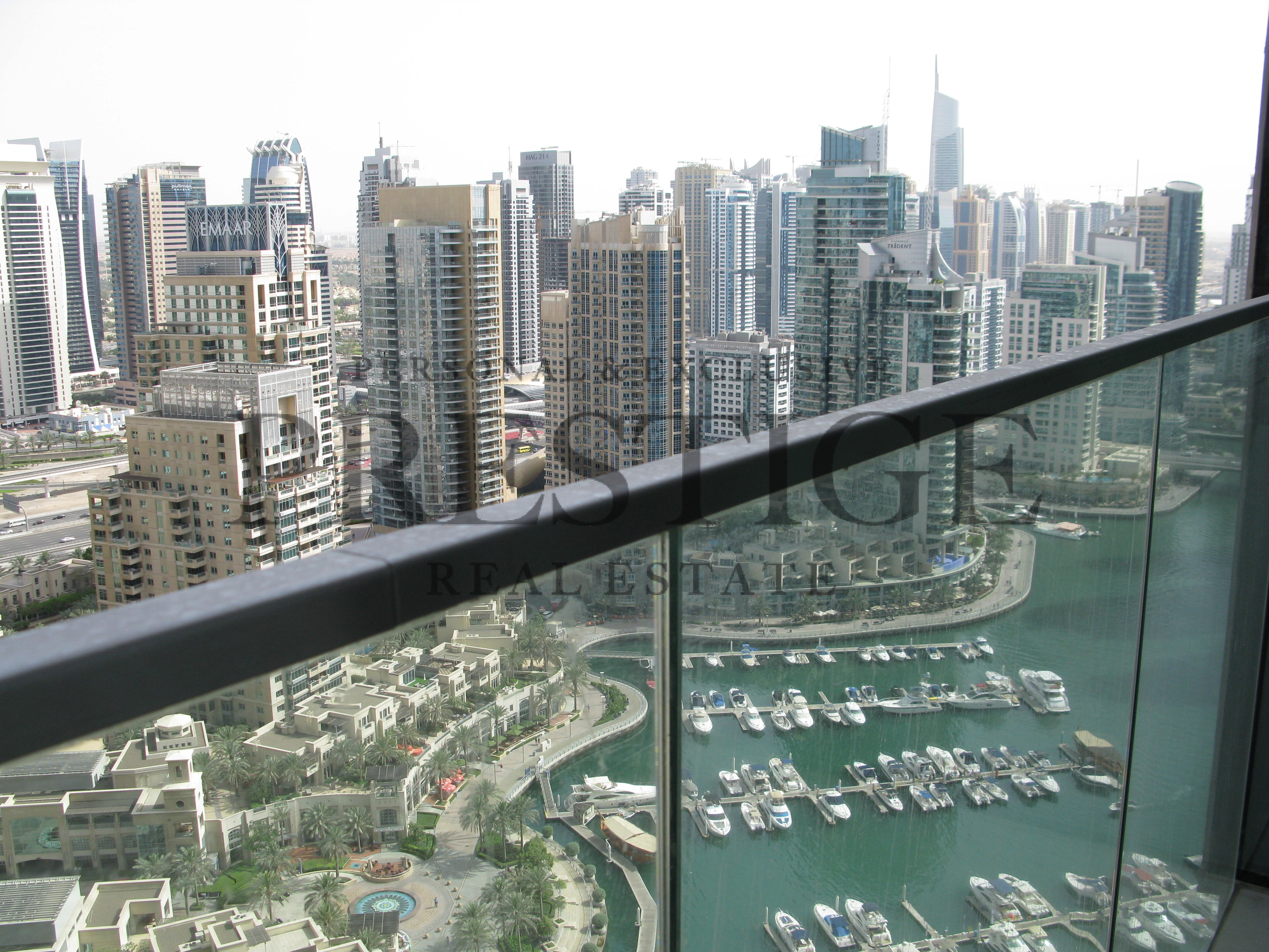 two-bedroom-apartment-in-marina-gate-1