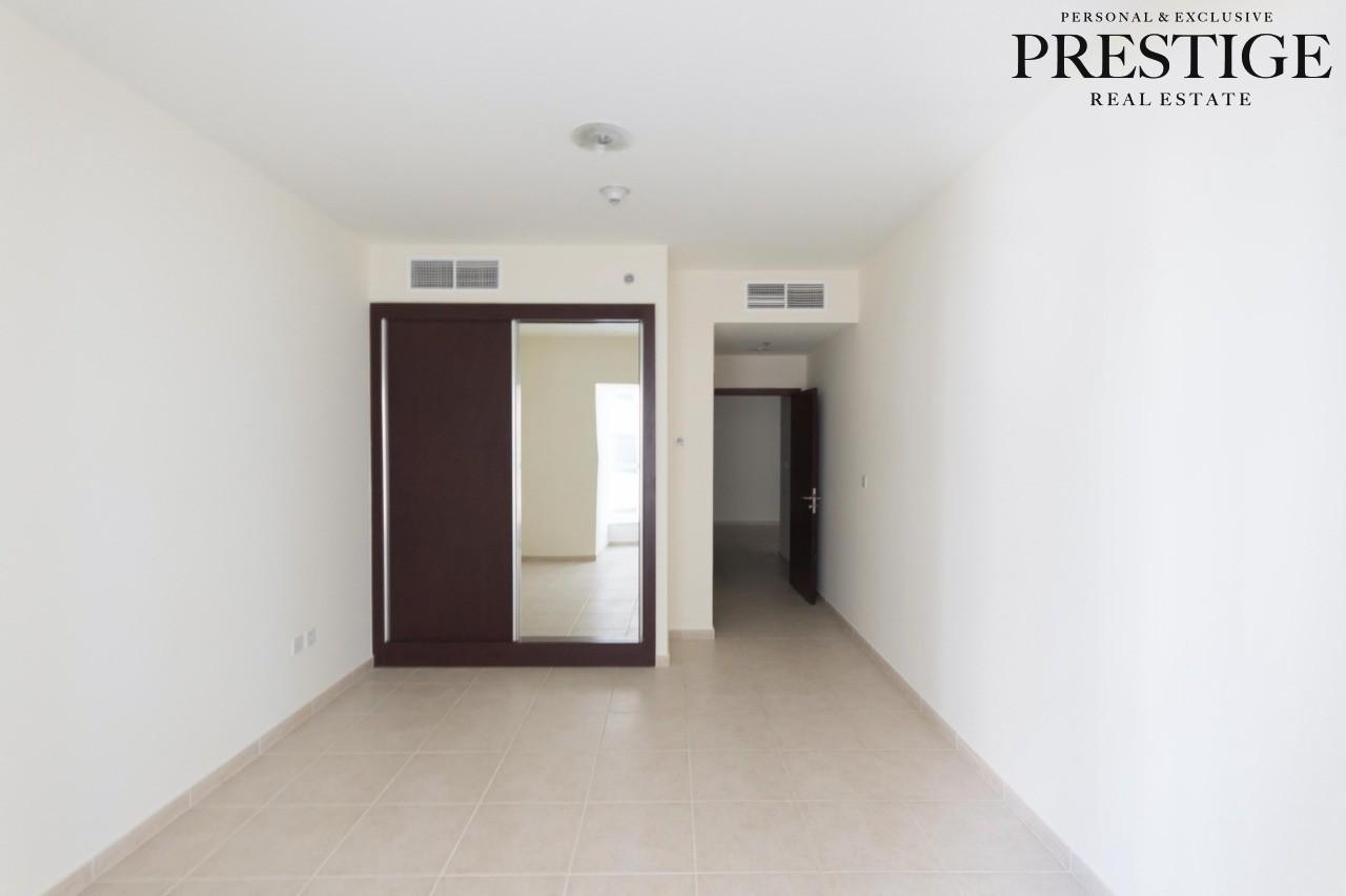 unique-spacious-1-bedroom-elite-residence