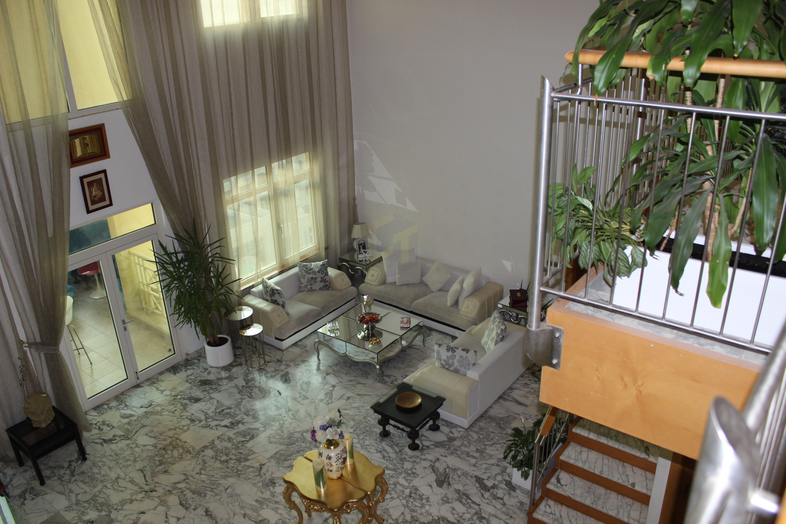 Must See Penthouse 4 Beds + Maid With Beach Access