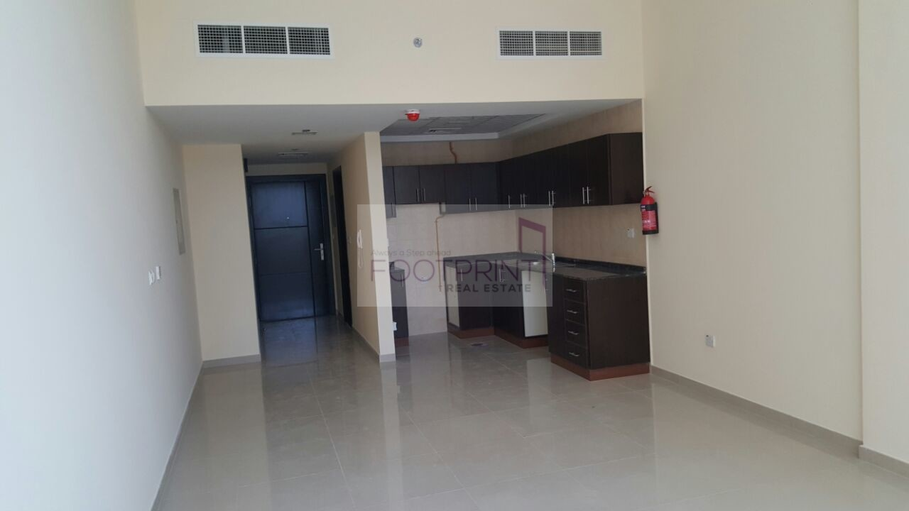GOLF VIEW|SPACIOUS 2 BR FOR RENT| IN 80K
