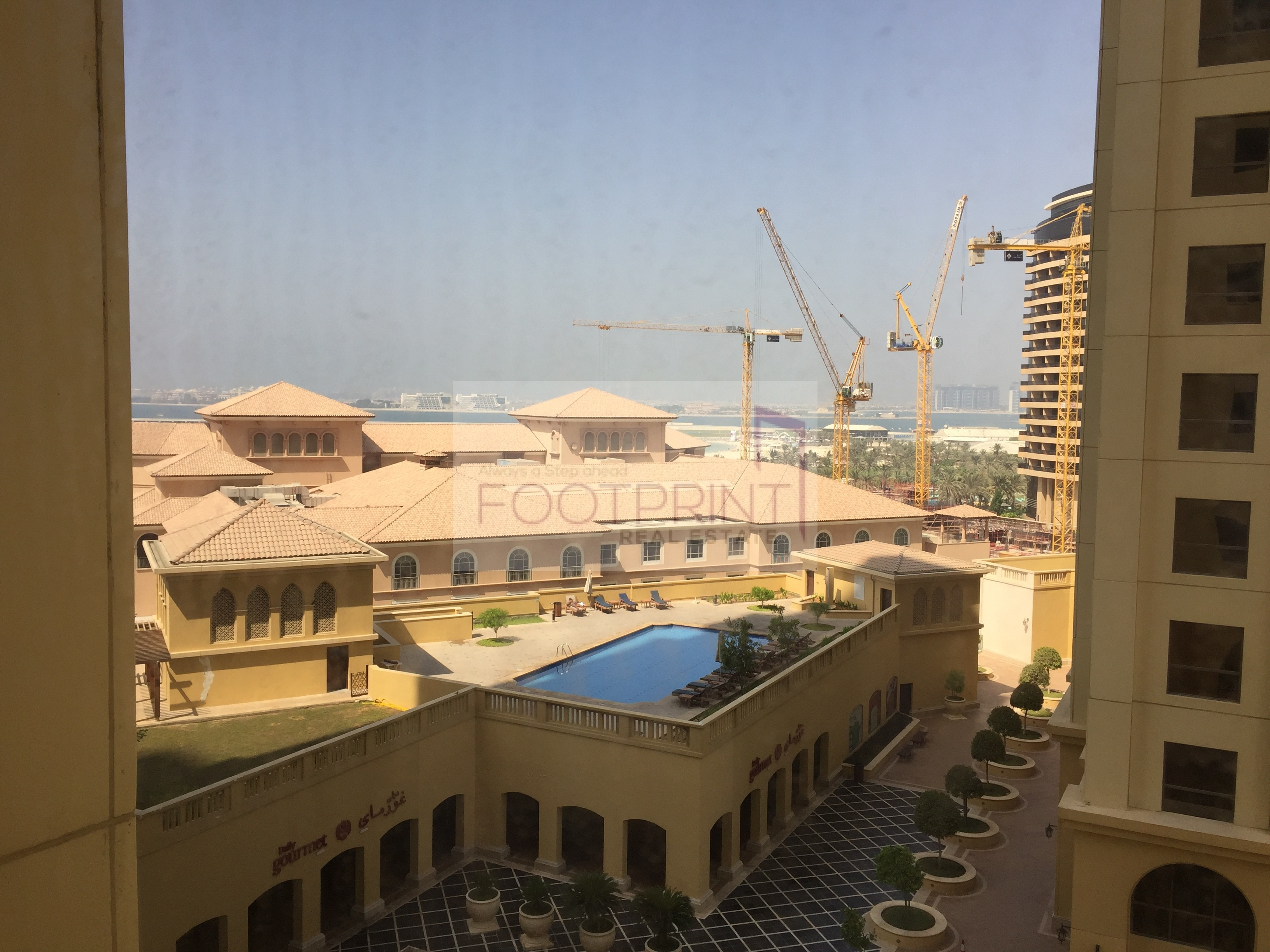 Fully Furnished Well Maintained Murjan 2