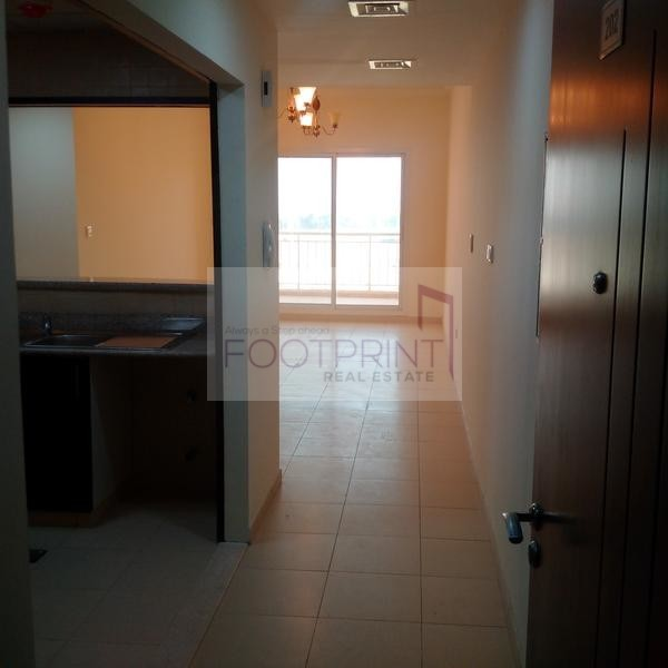 BELIEVE IT OR NOT! Spacious, vacant 1BR!
