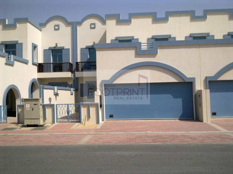 BEST PRICE  2 Bedrooms+Family Room+Maids