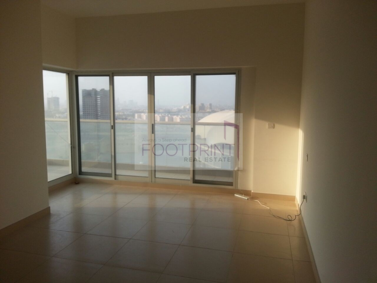 Nice 2 Bhk 1700 Sqft In Stadium Point!!!