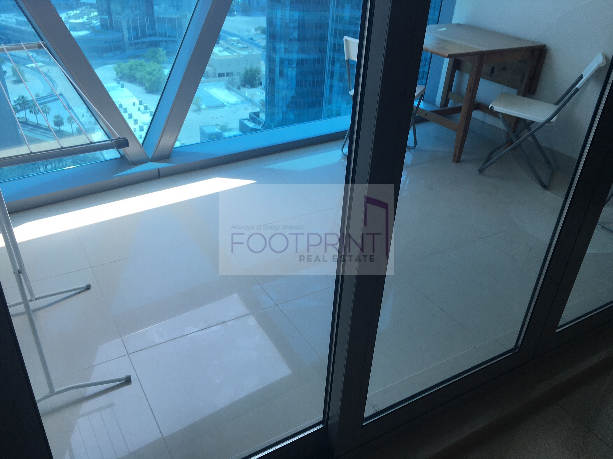 One Bedroom In Difc Park Tower 1078 SQFT
