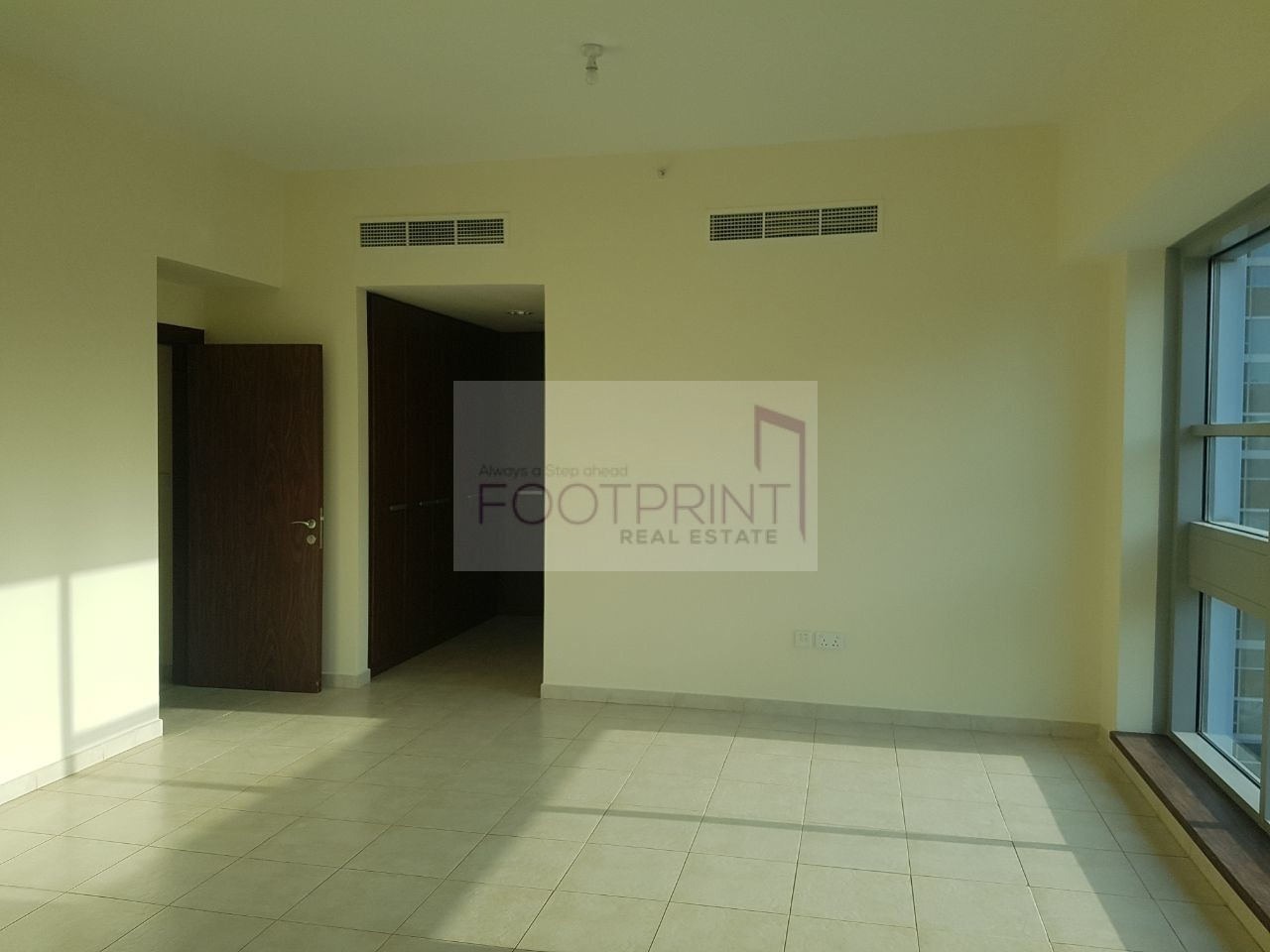 Large 3Beds+Maid with Burj View
