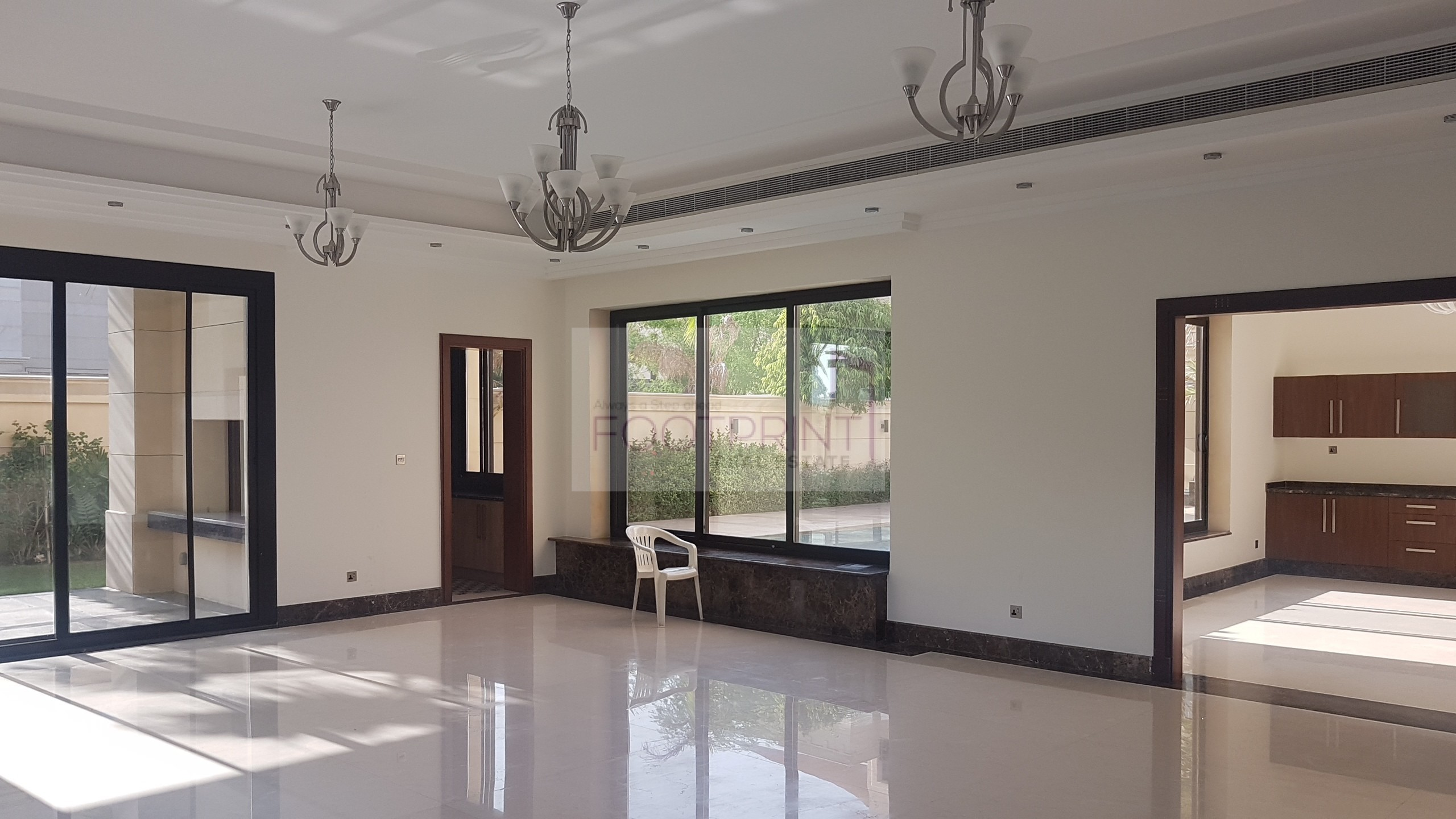 6Br Massive Villa With Terrace Lake View