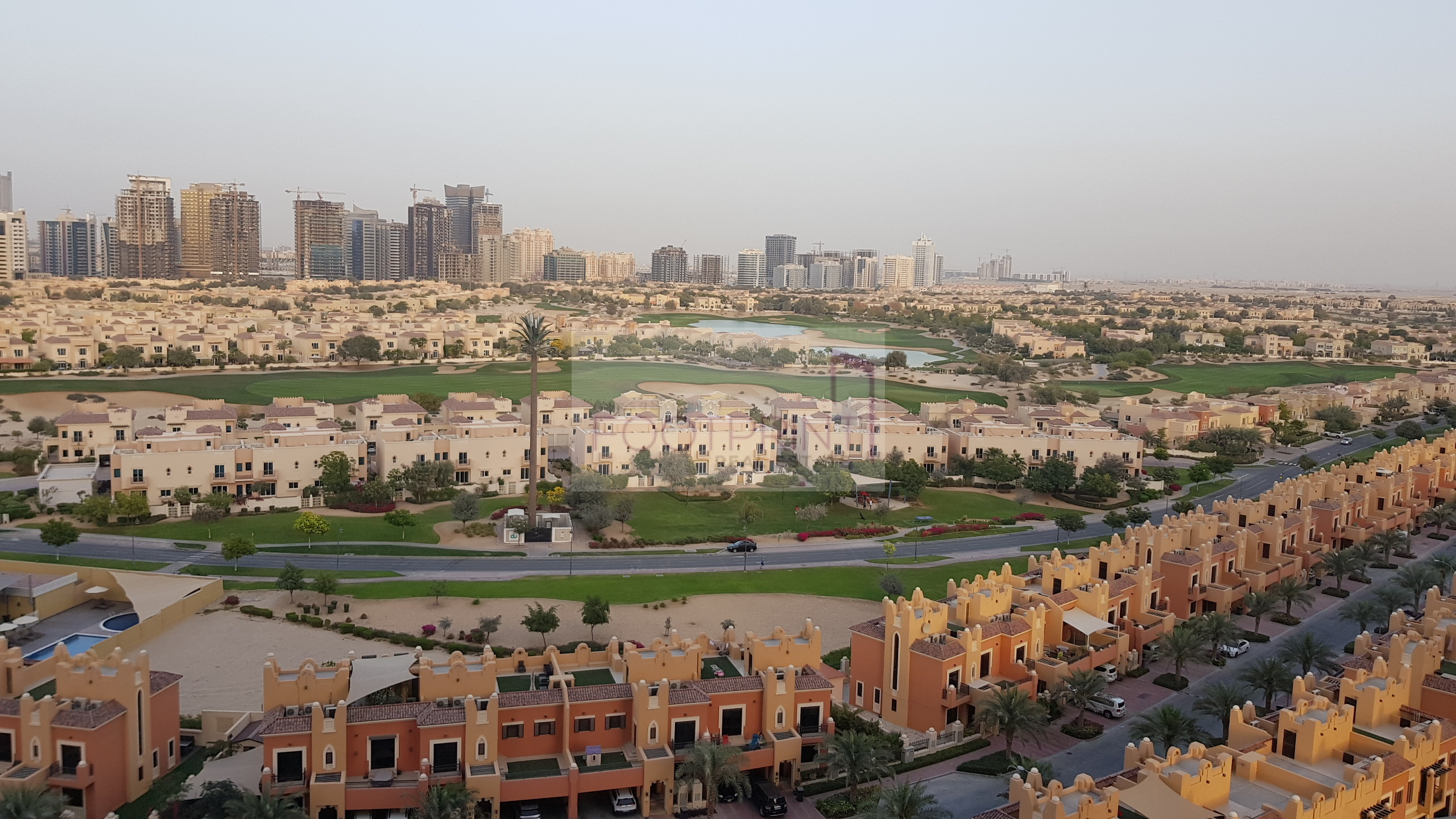 Golf View,1 Bhk In Golf VIew Residence!!