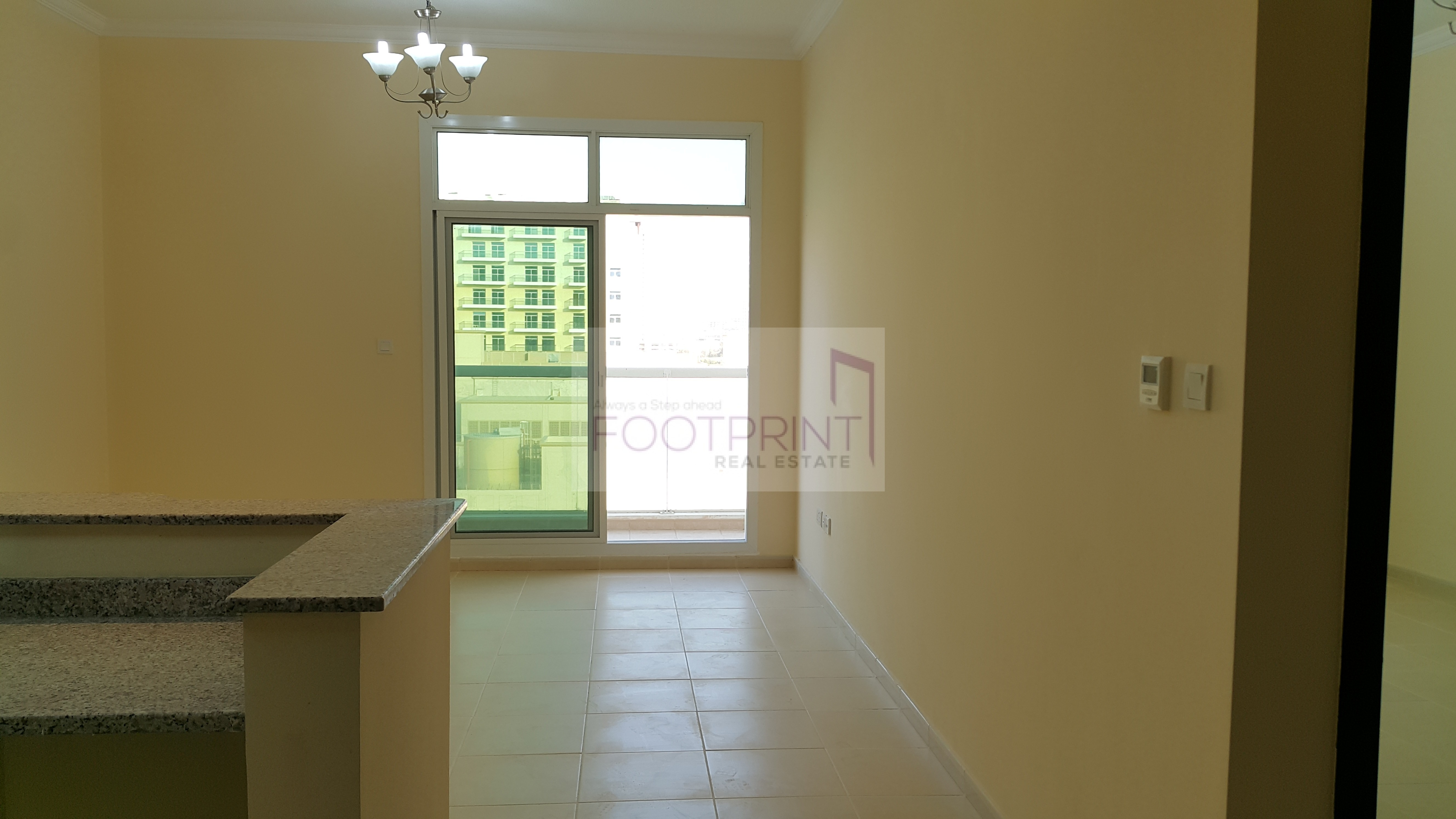 BIG HOME, Little Budget: 1BR+L in QPoint
