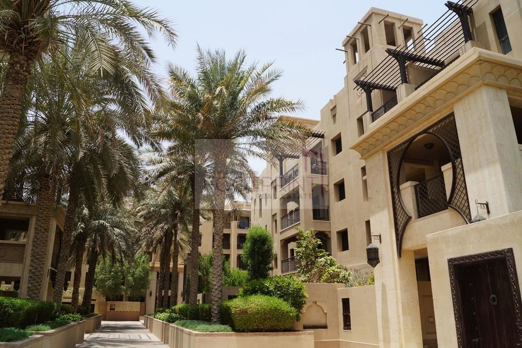 Old Town But New 2BR Unit With Burj View