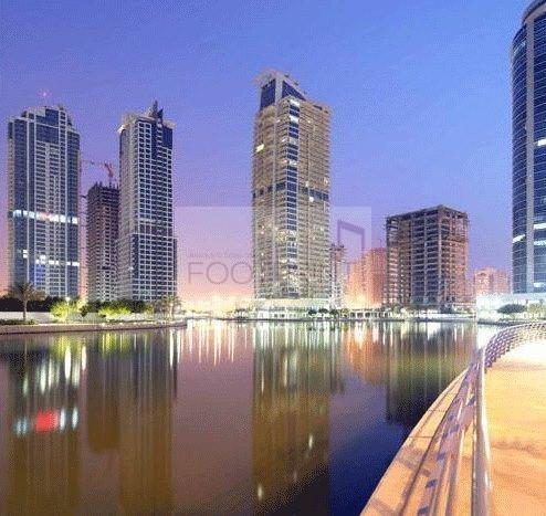 Huge 2 Bed |Dubai Gate 1| Close to Metro