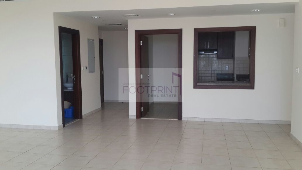 Eye-Catching Rent 2BR Apt Executive T- M