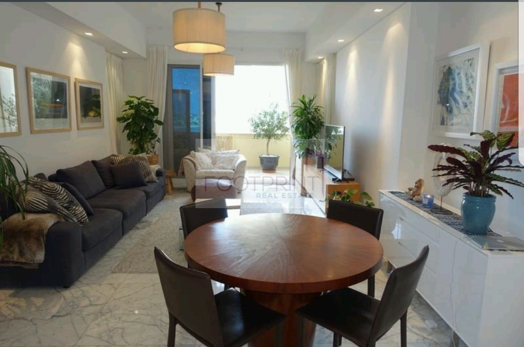 Luxurious Beautifully Upgraded 2Bed+Maid
