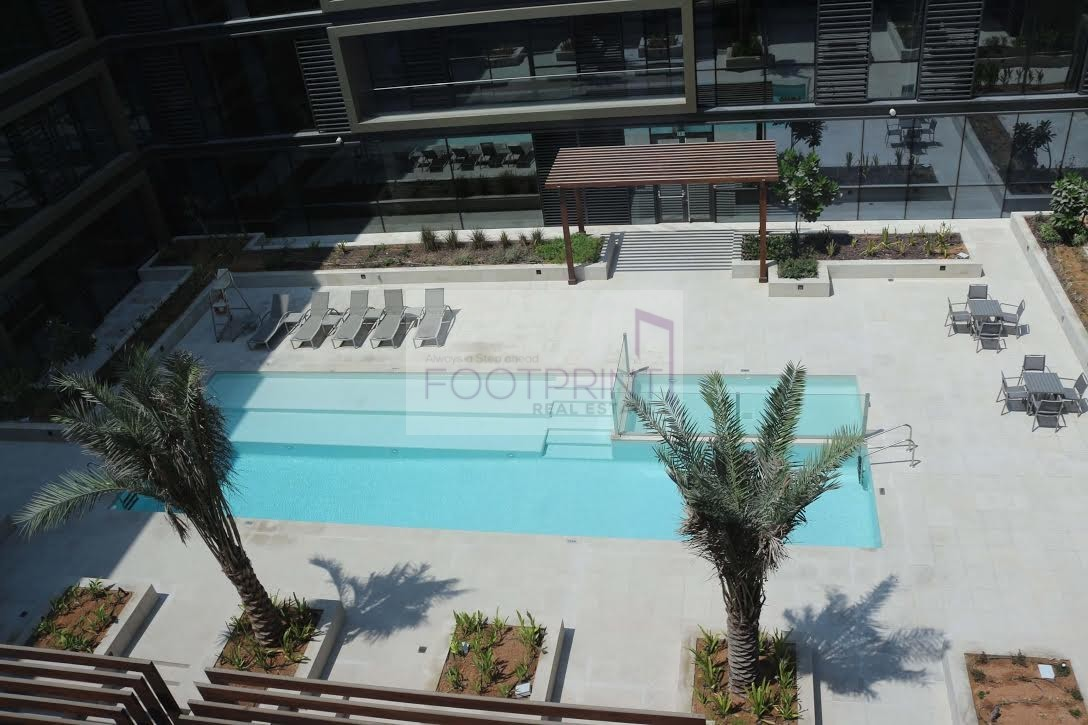(3Br)One Month Free | Pool View | On Boulevard