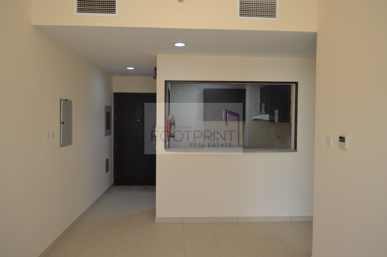 PRICED TO SELL: SEE IT TO BELIEVE- 1BR