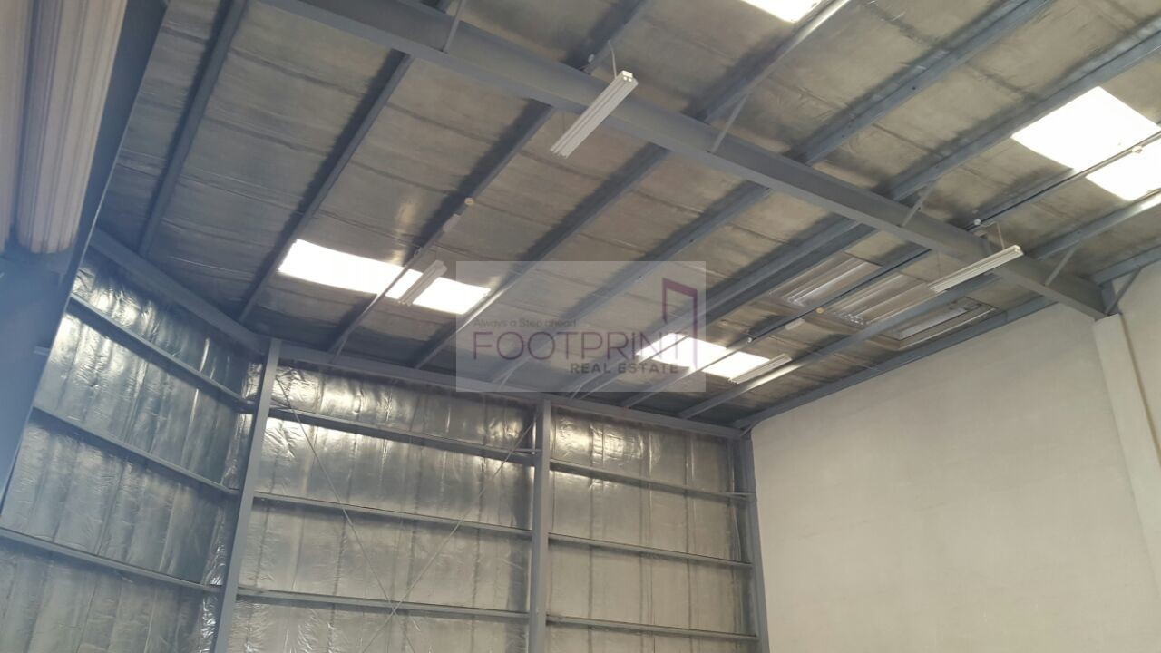 Jebel Ali |  Fitted Warehouses  | 4 Rent