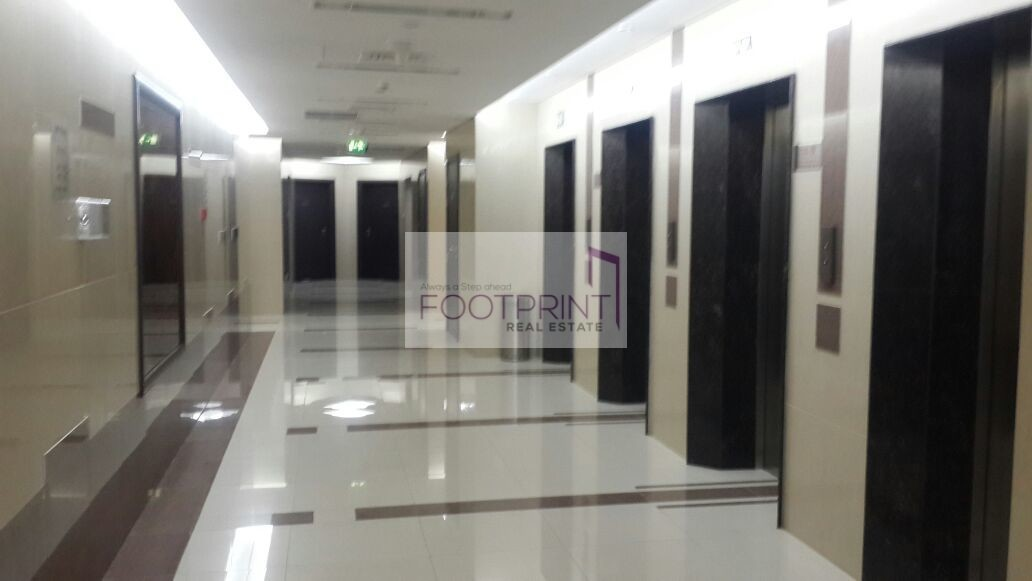 Fitted Office 4 Rent Canal View IB Tower