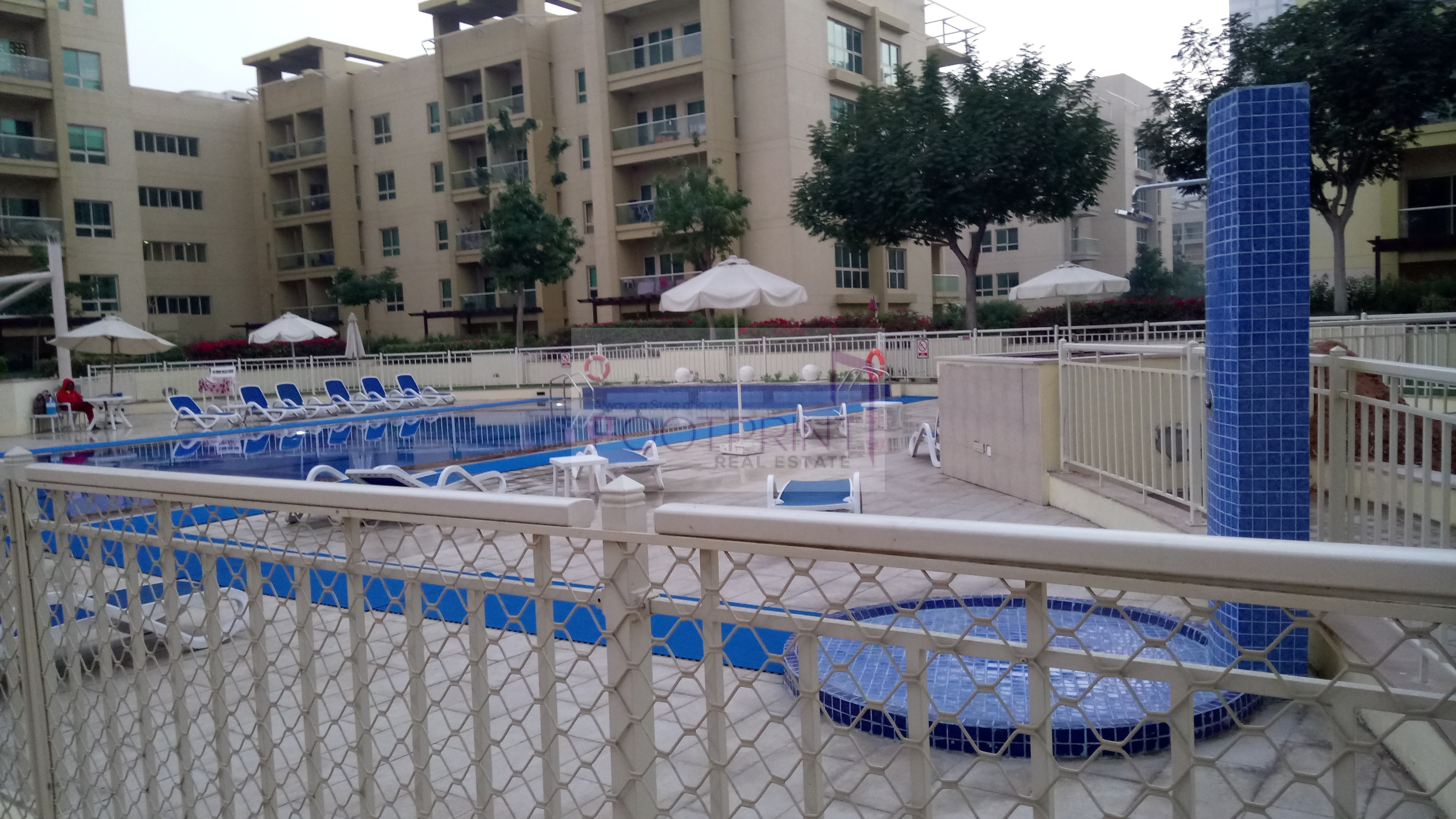 Pool view. |Limited offer| Multi cheques