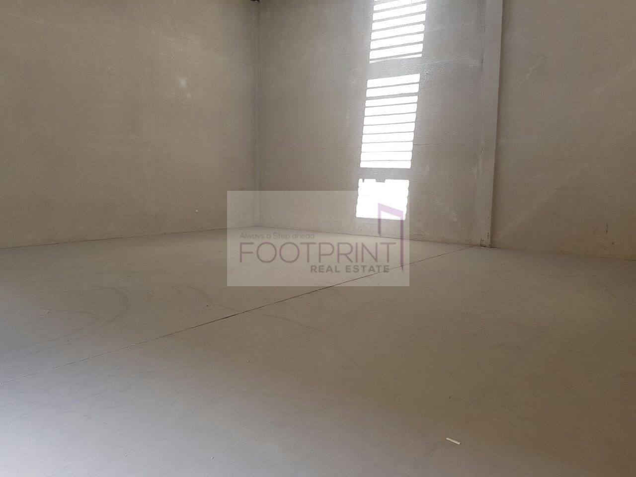 Fully Fitted Warehouse for Storage 73k..