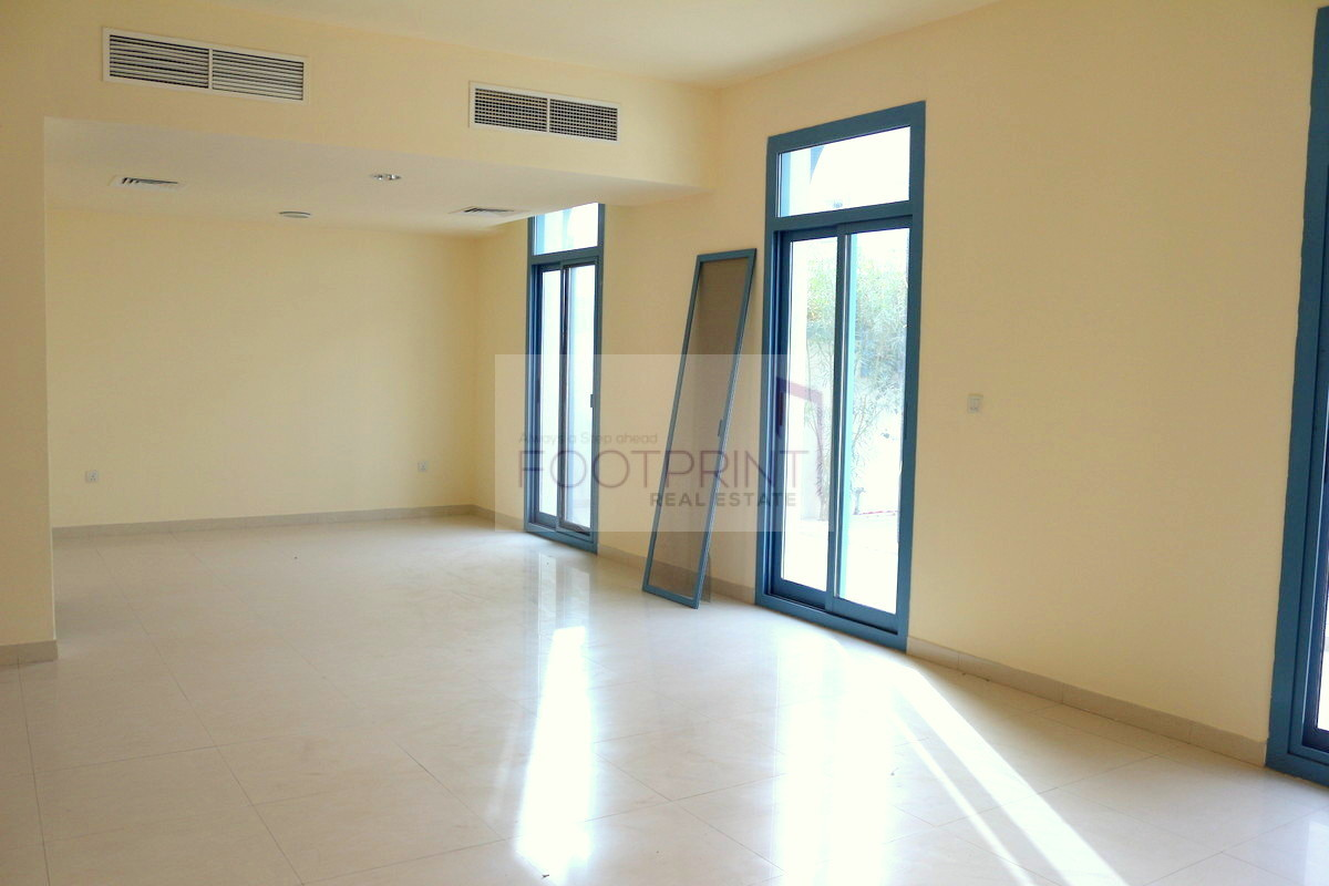 BEST PRICE| 2 Bedrooms+Family Room+Maids