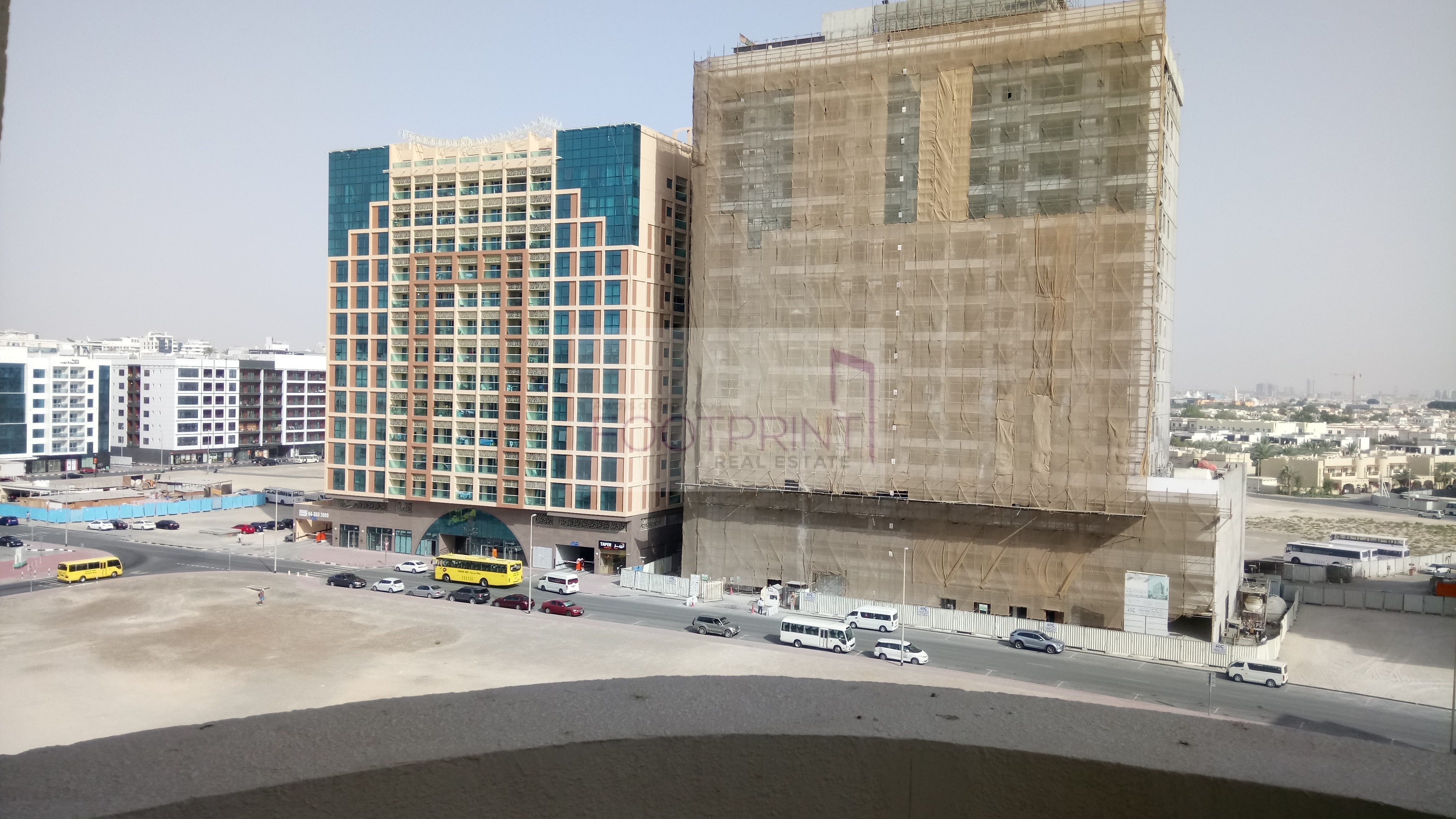 Spacious 3BHK, With Balcony, Near Metro!