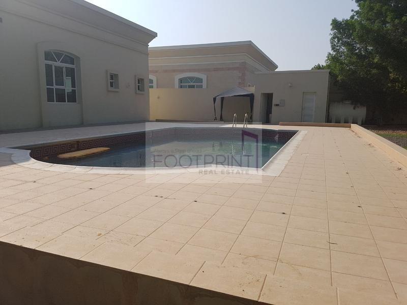 (4br)Huge 17500 SqFt Private Pool Garden