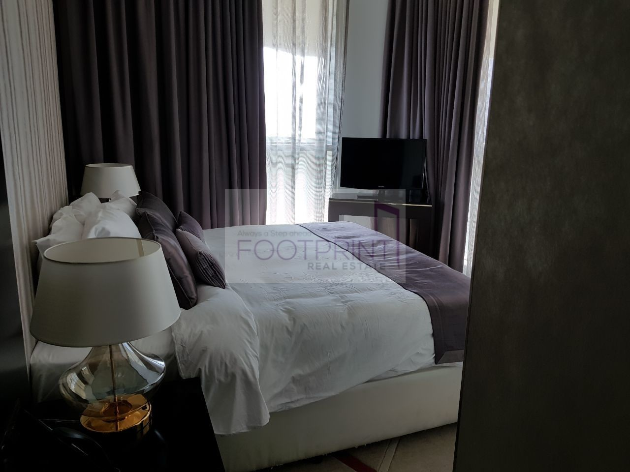 Cheapest I 2 Bed Furnished I Upper Crest