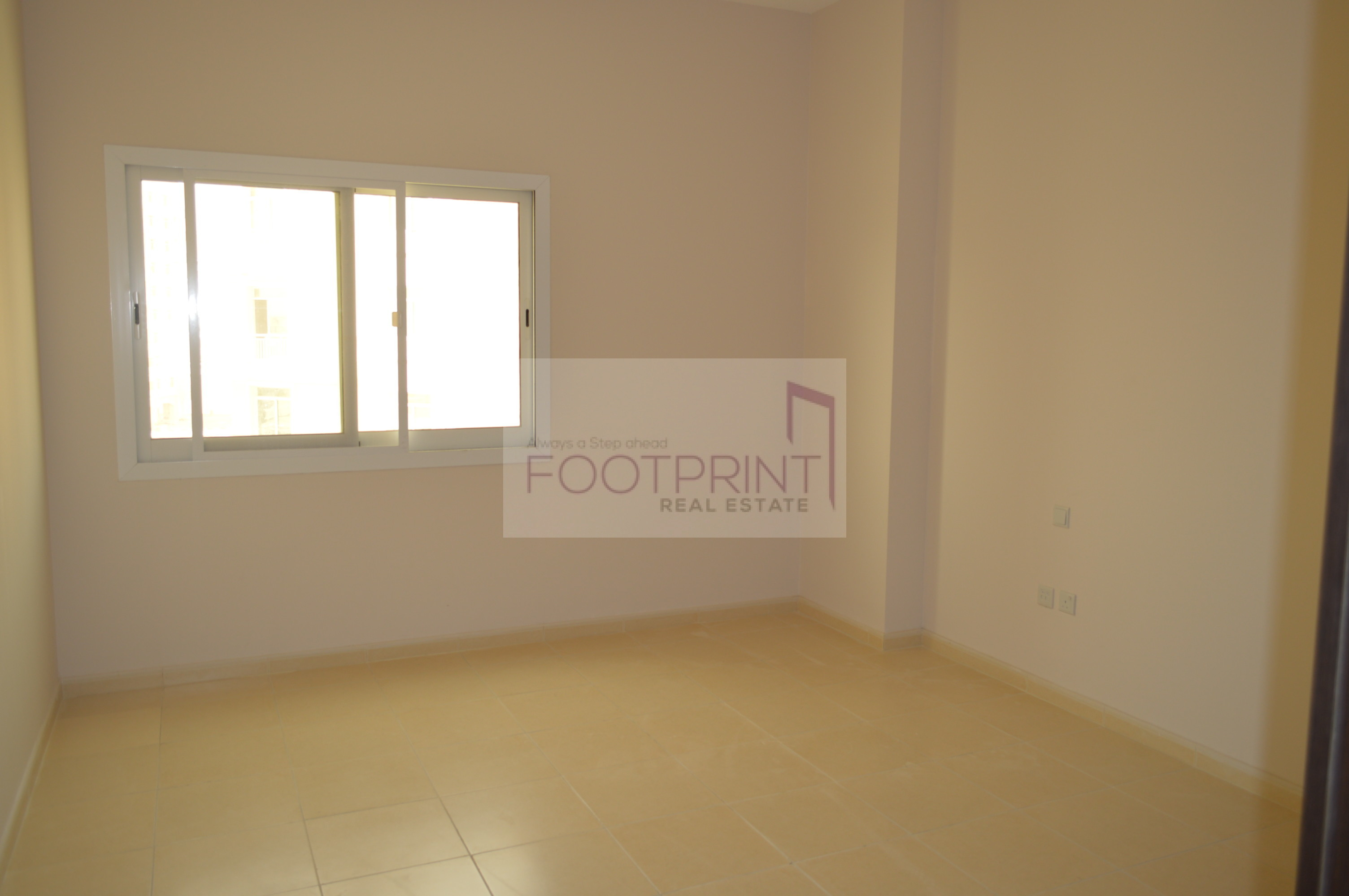 Amazing  Deal 1br For Sale With Good ROI