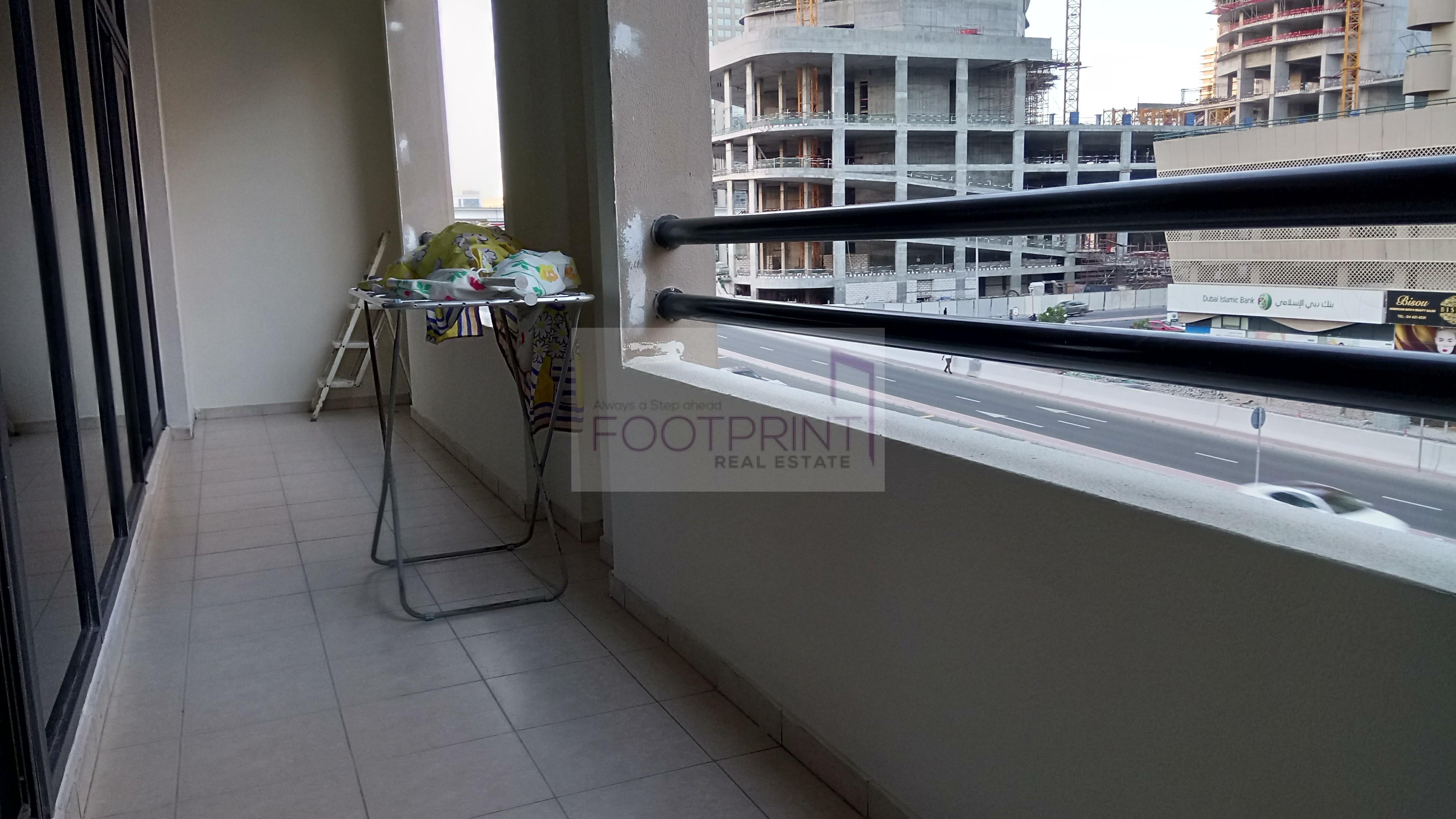 Spacious+Hot Price+City view+Near Metro.