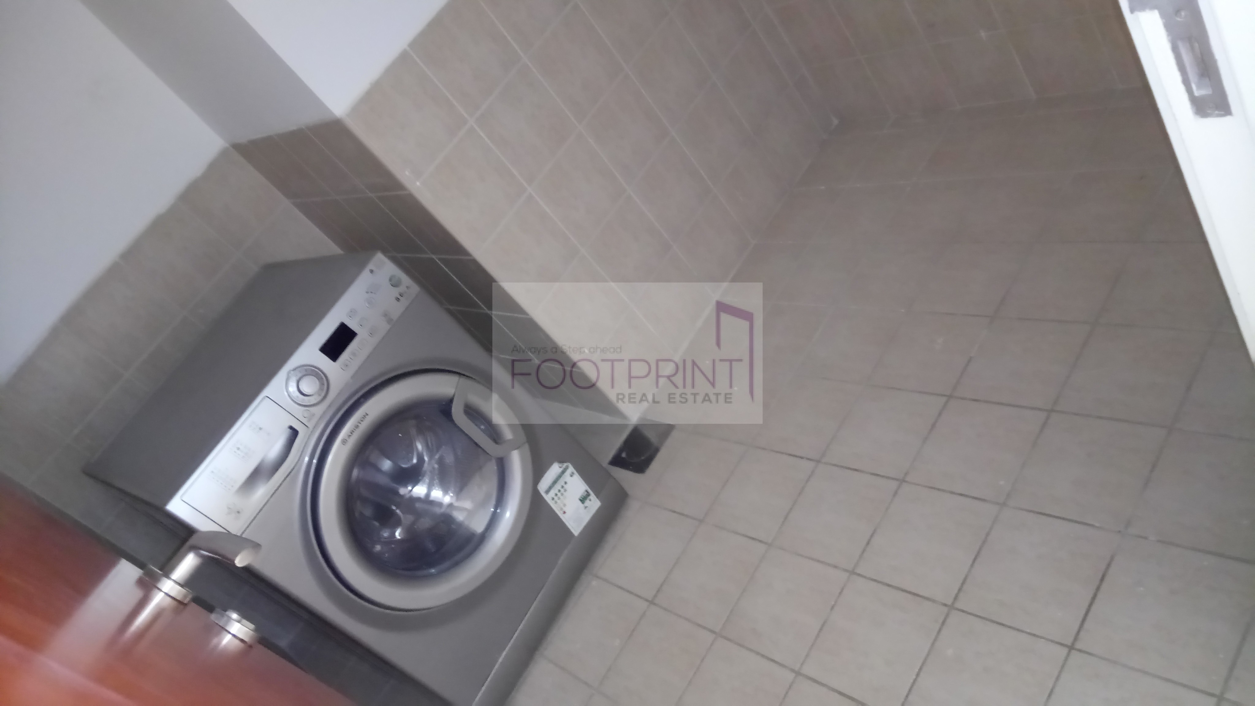 Garden view Balcony Laundry room Limited