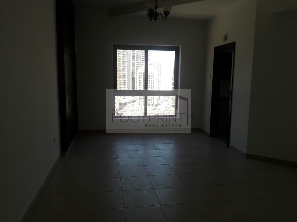 Near Metro |  Well maintained  |  Studio