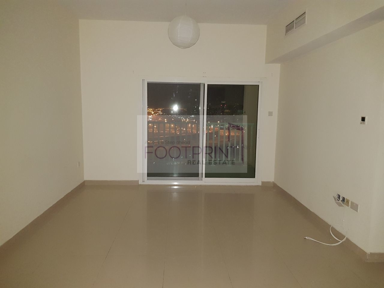 Spacious 3Bhk With Maid Room In Centrium