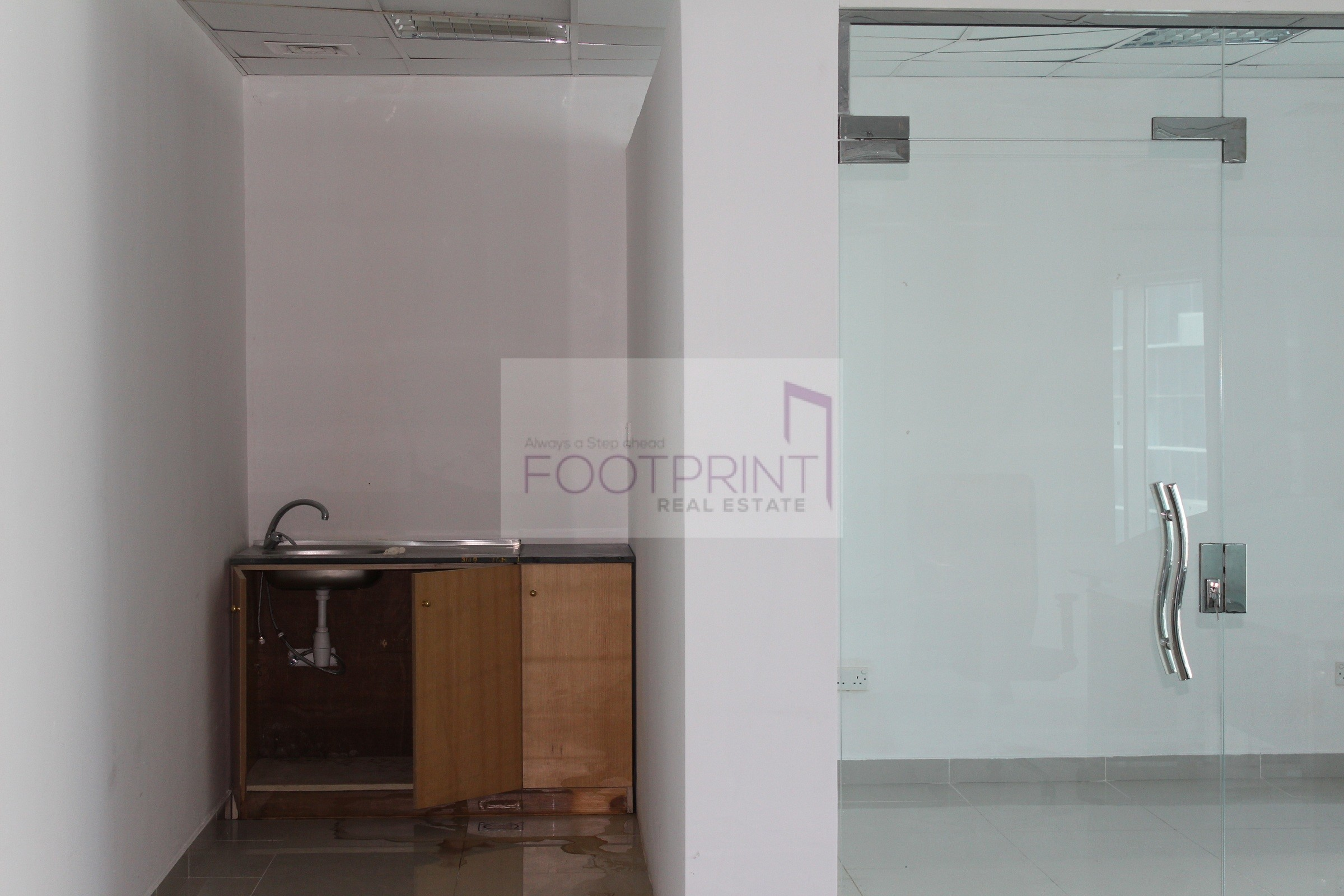 Hot Deal!  | Huge  | Fitted Office Space