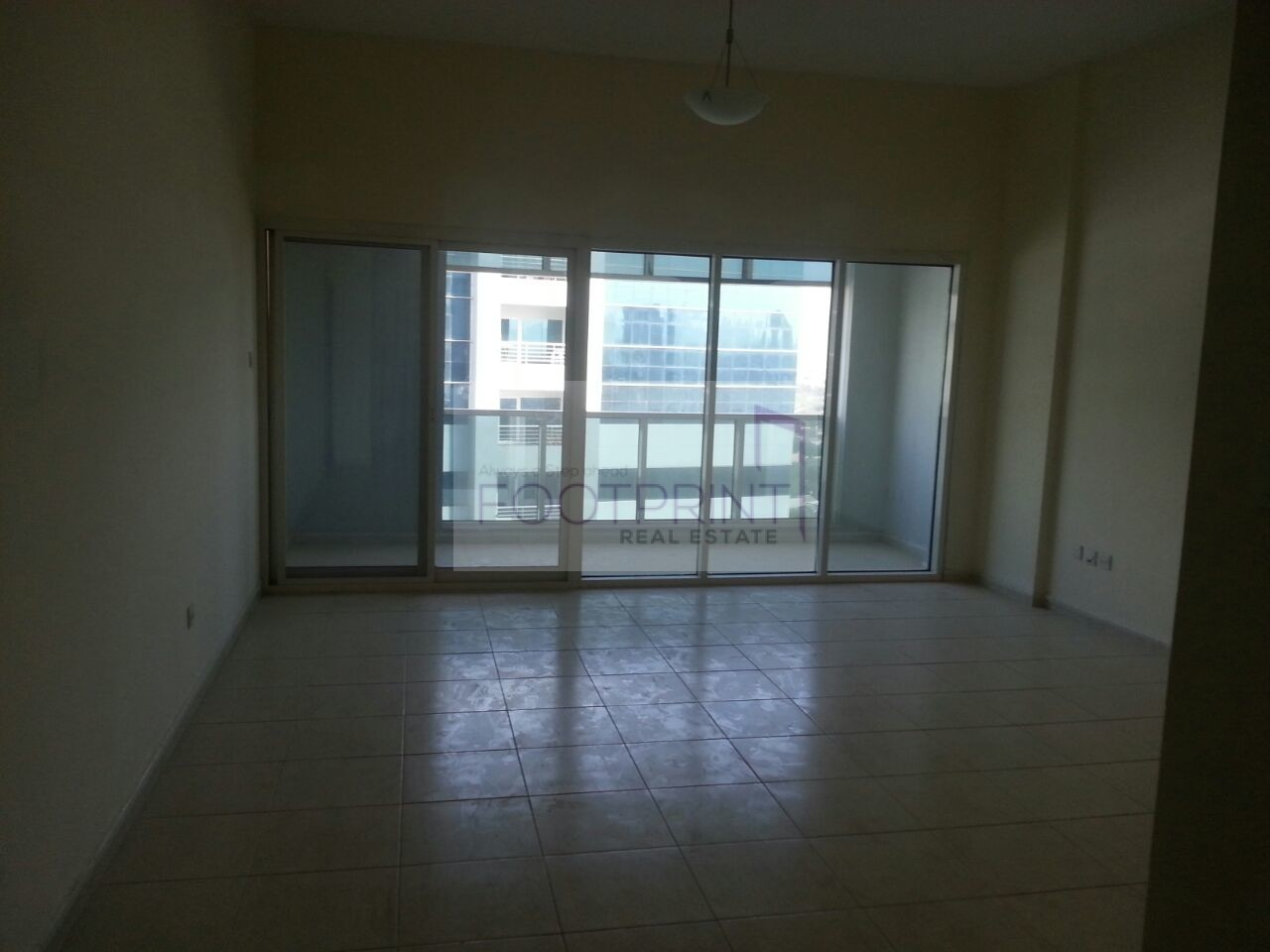 Spacious 1Bhk With Closed Kitchen In OP!