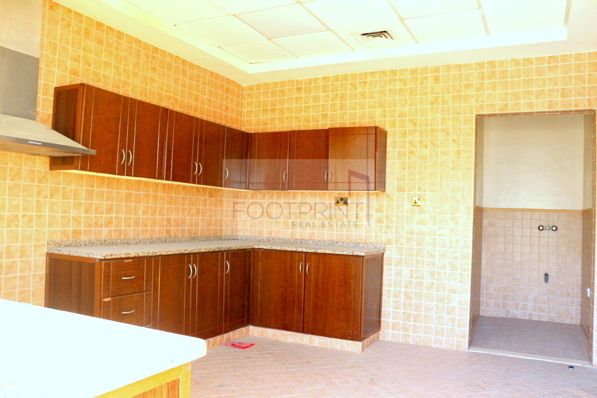4 BHK Villa With Maids, 1 Bed Downstairs